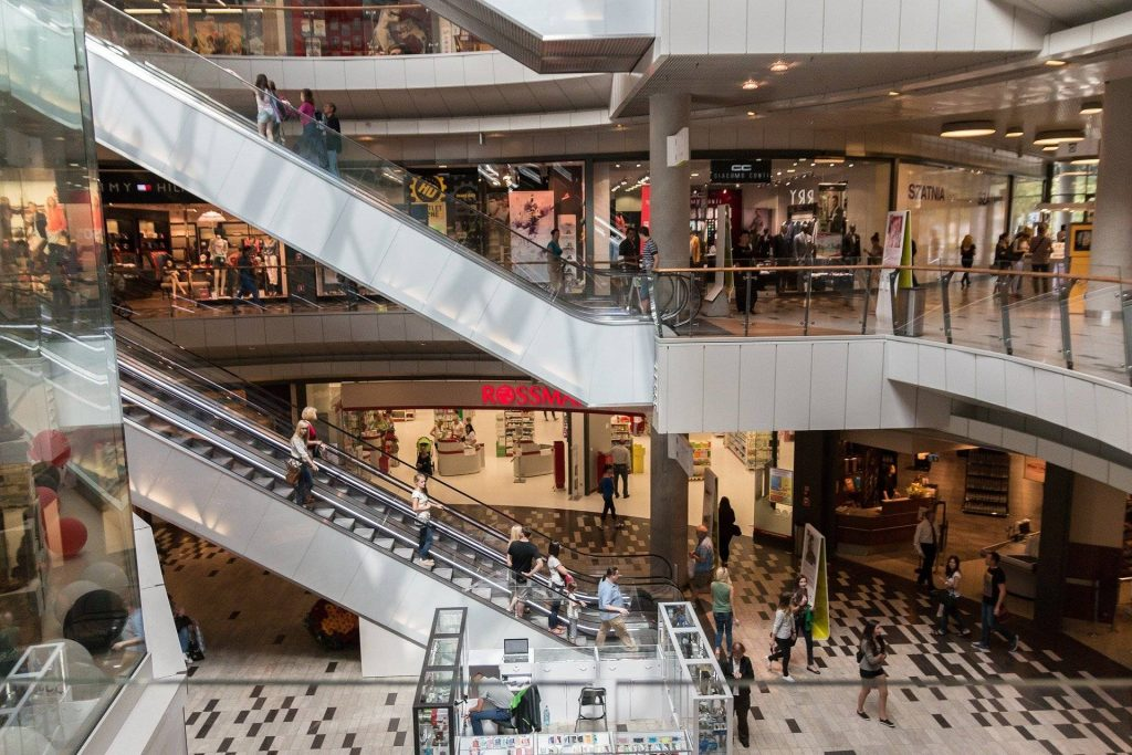 Retail sales fell 1.7% in June compared to May after two months of rise, a much worse result than expected