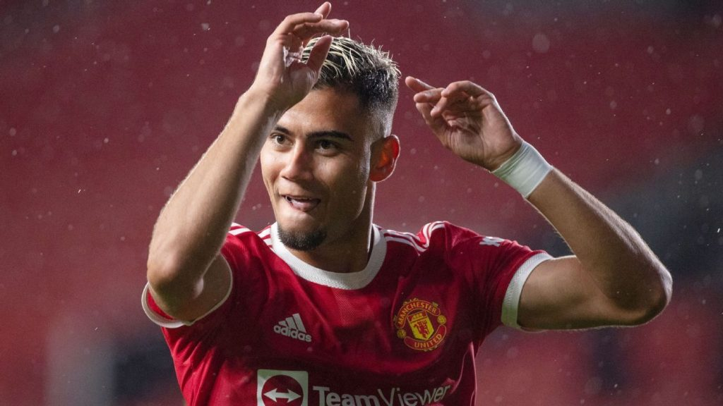 """Where is Andreas Pereira?  Renato refers to the midfielder's """"favorite position"""""""