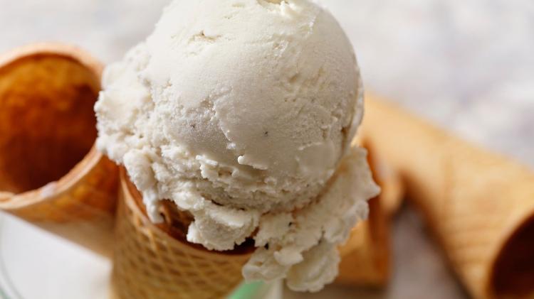 Ice Cream Cone - LauriPatterson / iStock - LauriPatterson / iStock
