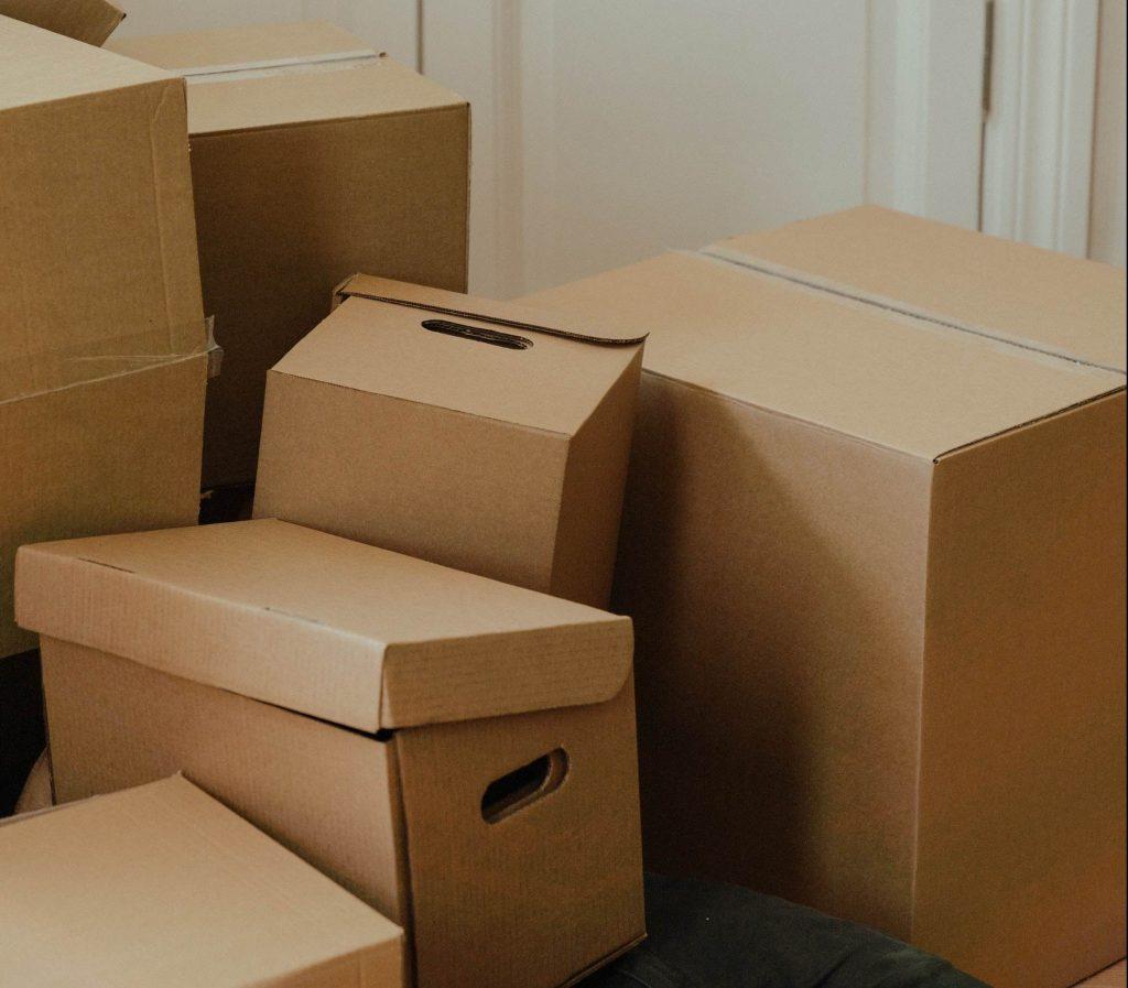 Caixas, depósito, armazenagem