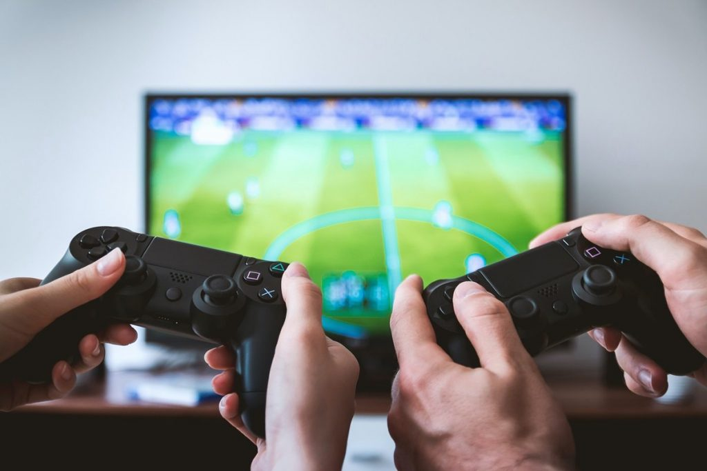 Study says two hours of video games burn like a thousand abdominal muscles