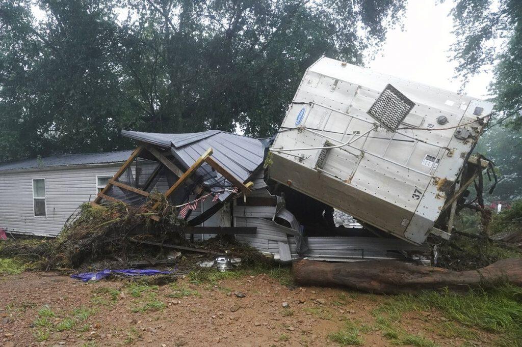 Tennessee floods leave 22 dead    Globalism