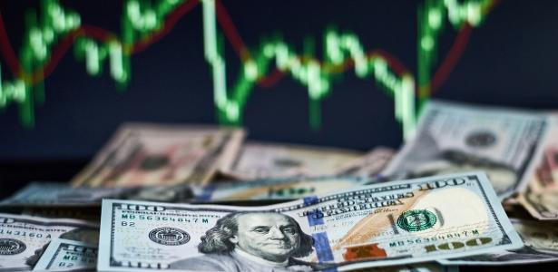 The dollar rose to 5.423 Brazilian Real, the highest value since 5/5;  Ibovespa is also high