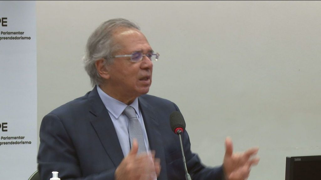"""asks Guedes    """"What is the problem now that energy will be a little more expensive because it rains less?""""  water crisis"""