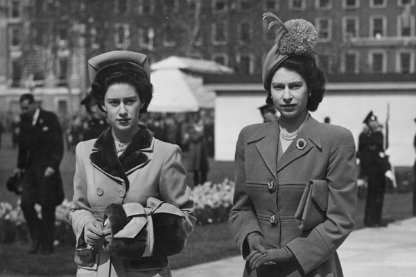 Queen Elizabeth II with her sister Princess Margaret in 1948 (Image: Getty Images)
