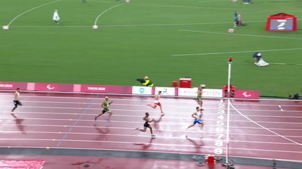 Ricardo Gomes de Mendonca finished second in the second race of the 200m T37, while Christian Gabriel finished fifth - Paralympic Games Tokyo