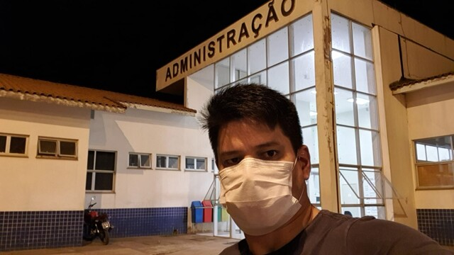 Tension and uncertainty: health professionals recount their daily lives at the height of the epidemic in Rondônia