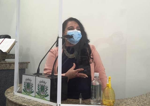 Vereadora denuncia falta de médicos em unidades de saúde de Feira de Santana