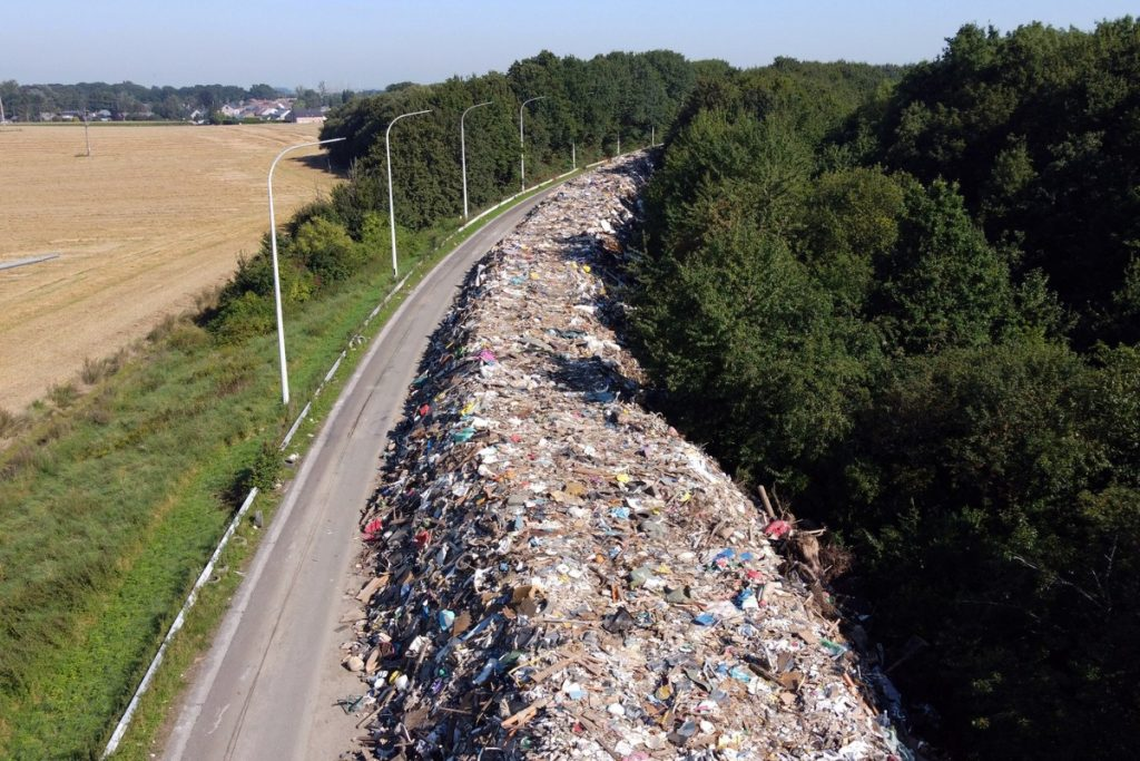 Belgium piles 90,000 tons of debris on highways after floods;  See pictures    Globalism