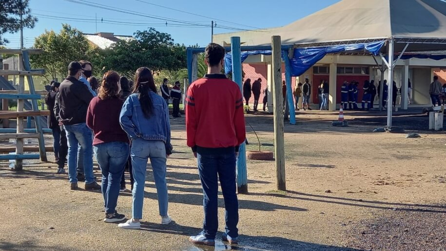 COVID-19: Kamakawa begins vaccinating teenagers