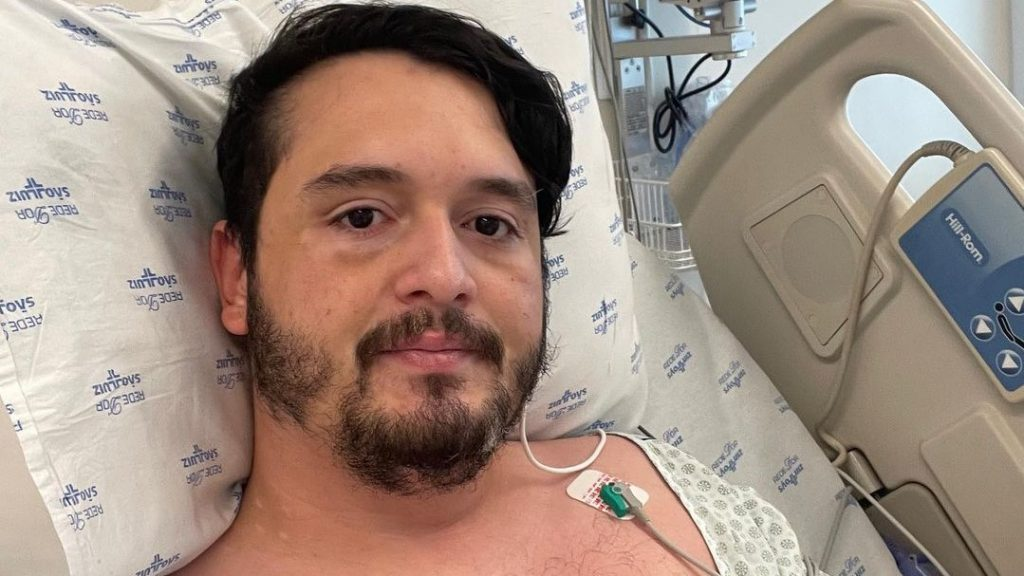'I can't go to the bathroom without losing my breath,' says YouTuber Borrachudo Rat, who is in hospital with Covid