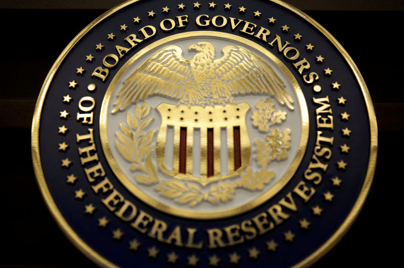 The Federal Reserve keeps interest rates between 0% and 0.25%;  Taper says near Investing.com