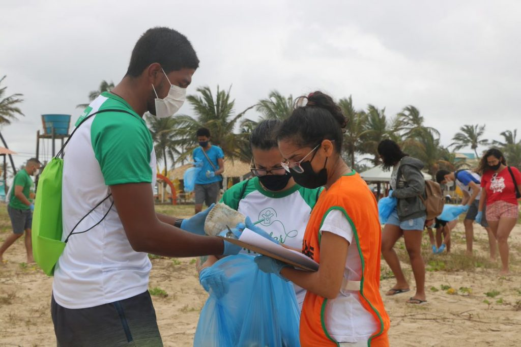 Unimed Sergipe collaborates with the International Day of Clean Rivers and Beaches