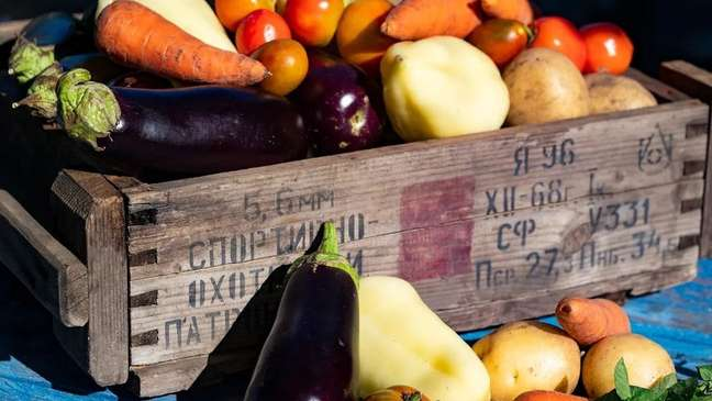 Both food cultures consume a lot of local vegetables.