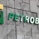 Petrobras (PETR3; PETR4) shares jump with news of privatization project;  Analysts celebrate but have doubts about PL