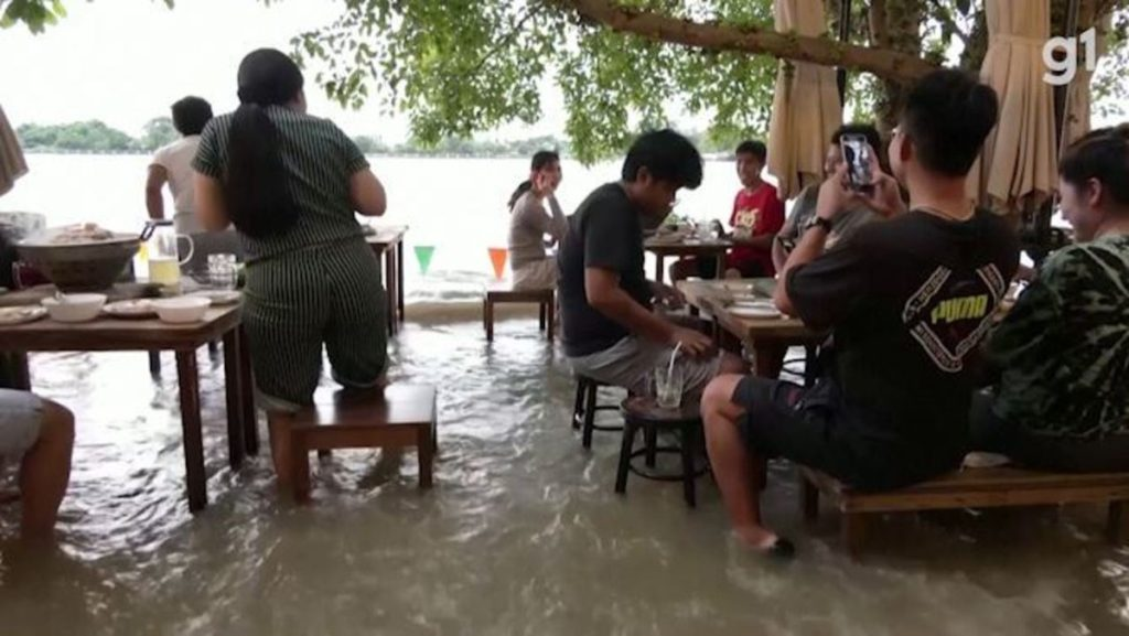 Alagamento has become a magnet for customers in a restaurant in Thailand;  watch |  Globalism