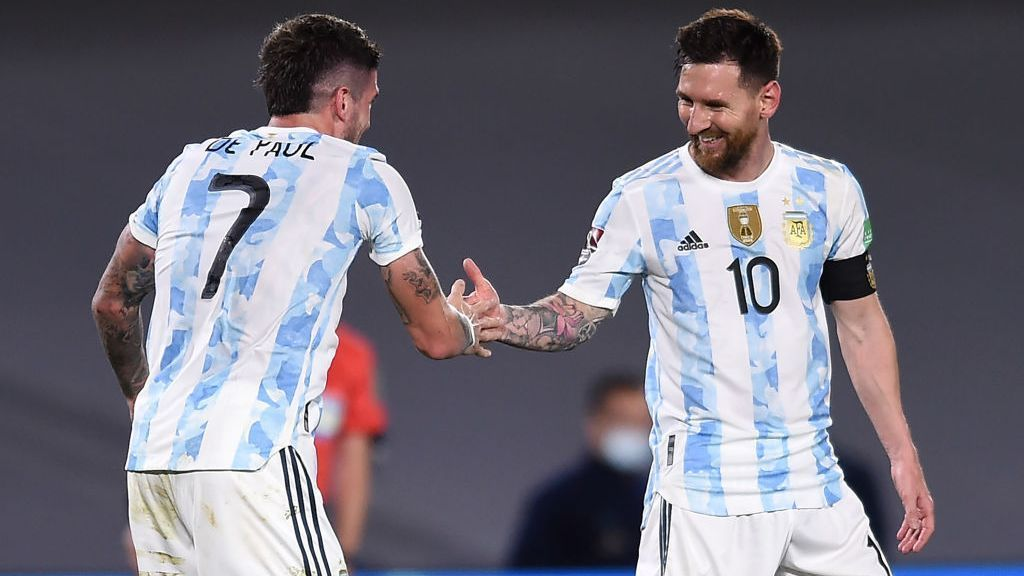 Messi 'unintentionally' scores Trevella's goal, Argentina beat Uruguay and remain undefeated in the playoffs