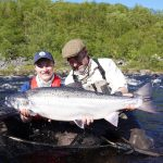 Russian fisherman sets world record by catching one meter giant salmon    Globalism